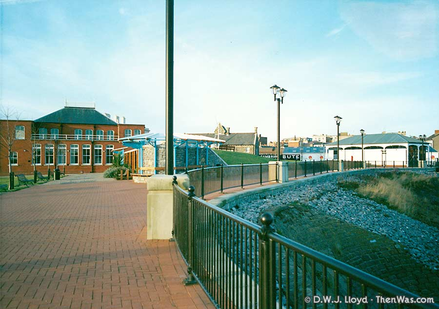Early attempts to make the dock accessible by the side of the Graving Docks (circa 1992/93)