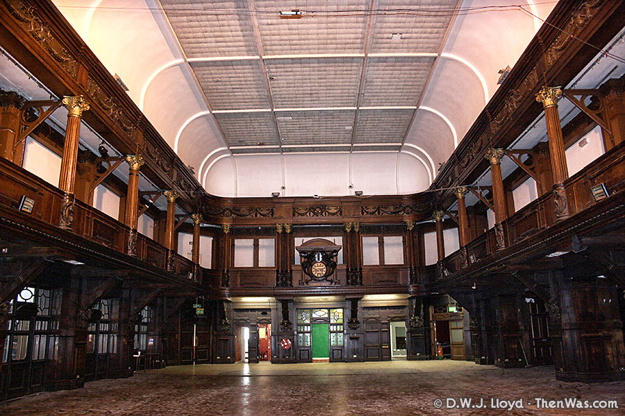 Big view of the main hall in the Coal Exchange