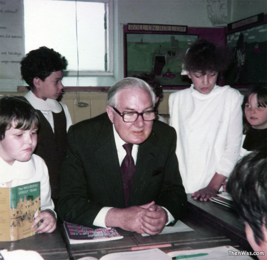 James Callaghan MP with Stacey Road School juniors.