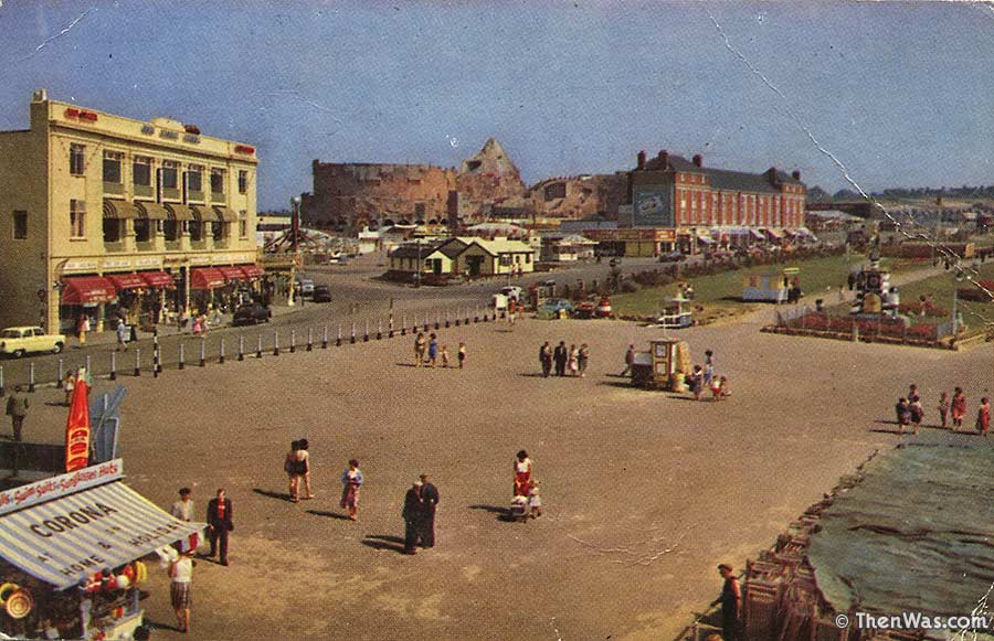 1960s View Of A Quiet Promenade At Barry Island (Photographer Unknown)