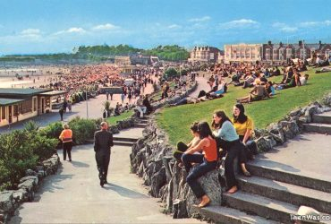 Barry Island Beach And Fair In Old Postcards